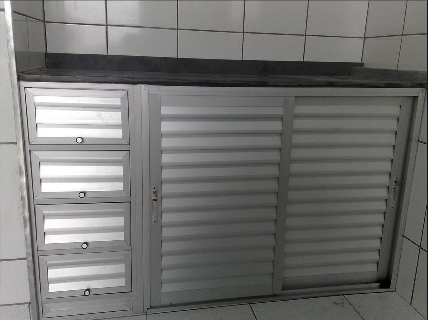 #575350 Fechamento de pia Pedrosa Esquadrias 4272 Janela Aluminio Bh